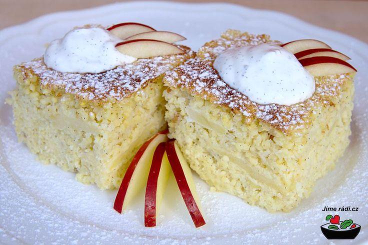 Vanilkový jahelný nákyp-     200g jáhel     250ml mléka     2 vejce     60g moučkového cukru     1 vanilkový lusk (nebo vanilkový cukr)     3 jablka (asi 300g)     špetka soli