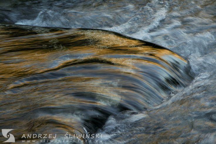 Water - little cascade.