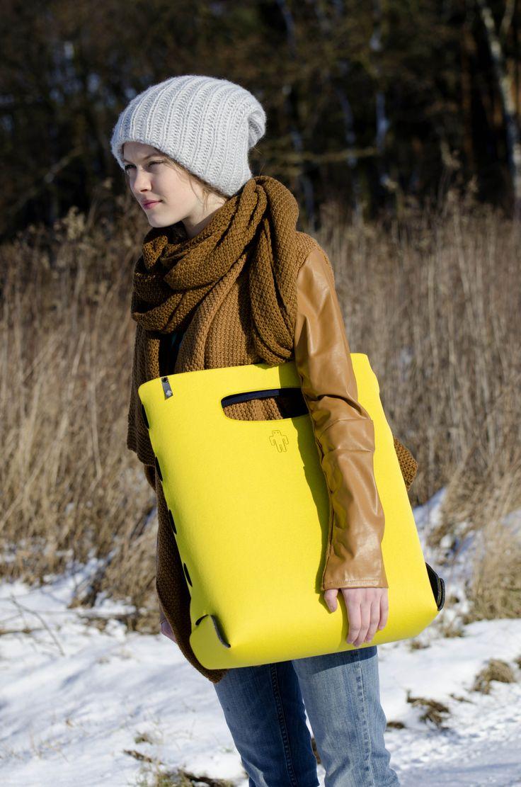 #sun in #winter #yetibag BASIC ONE M #yellow yetibag.com