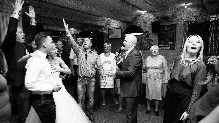 Каждый человек слышит песню по-своему. Я её тоже слышу, но при этом ещё и пою. Споём, друзья!    #vladimirkisarov #kisarov #kisaroff #позитив #владимиркисаров #кисаров #моимысли