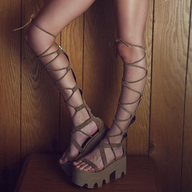 Back in stock! The #SummerFeelz gladiators in TAN & BLACK…