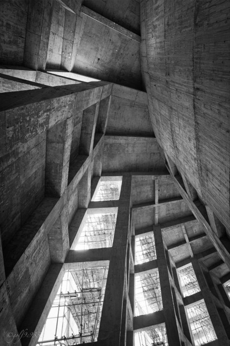 Wuzhen Theater. Artech Architects. Visit Modeconnect.com for more inspiration. #architecture