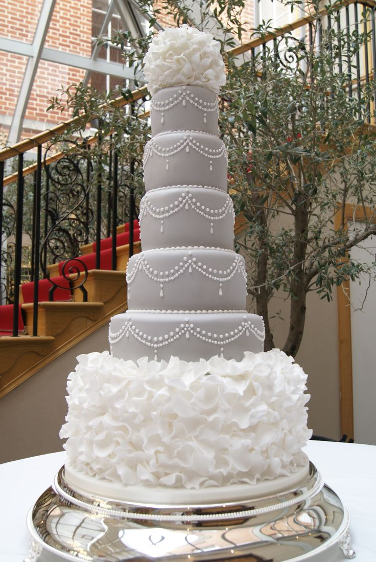Design Cakes For Weddings