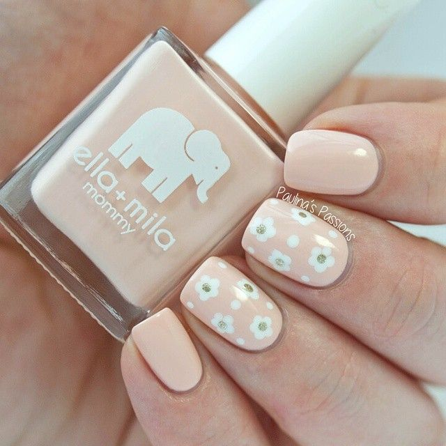 Instagram media by paulinaspassions - Here is a closer look on my delicate flowers. Ella + Mila (@ellamilapolish) Nude Attitude is my new favorite nude ❤