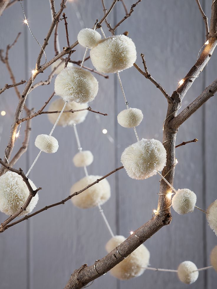 NEW Wool Pom Pom Garland - Ivory - Christmas Accessories - Christmas