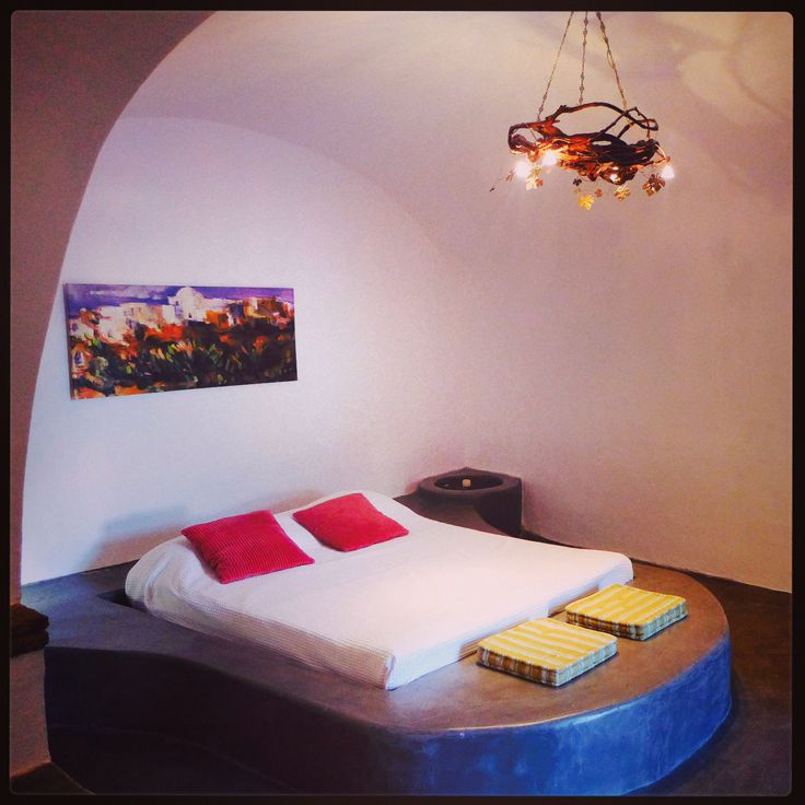 Mansion Kyani, Santorini   www.santoriniheritagevillas.com #santorini #santorinivillas #santoriniheritage #greece #travel