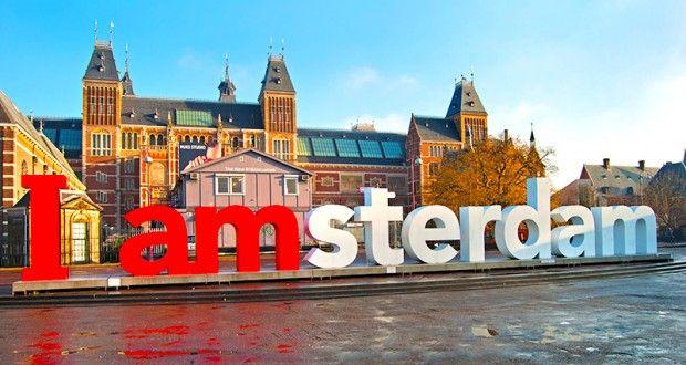 Dam Meydanı, Anne Frank'in Evi, Van Gogh Müzesi, Rijks Müzesi, Madame Tussauds Müzesi mutlak görülmesi gereken kültür hazineleri arasındadır.