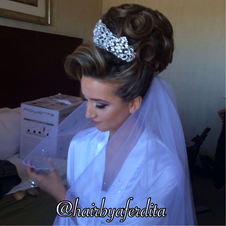 The 32 Best Wedding Hair And Hair Styles Updos Wedding Styles Images