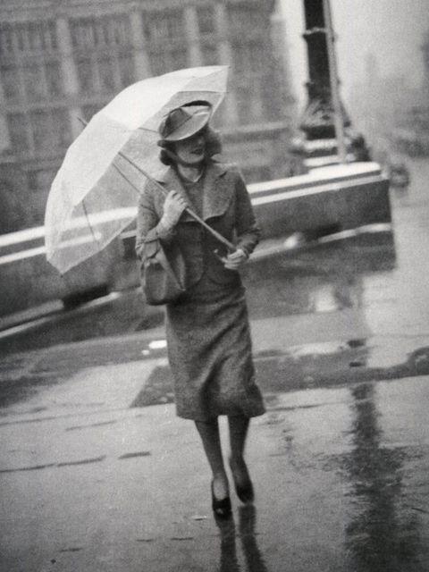 February 1938 Vogue, photographer: Toni Frissell