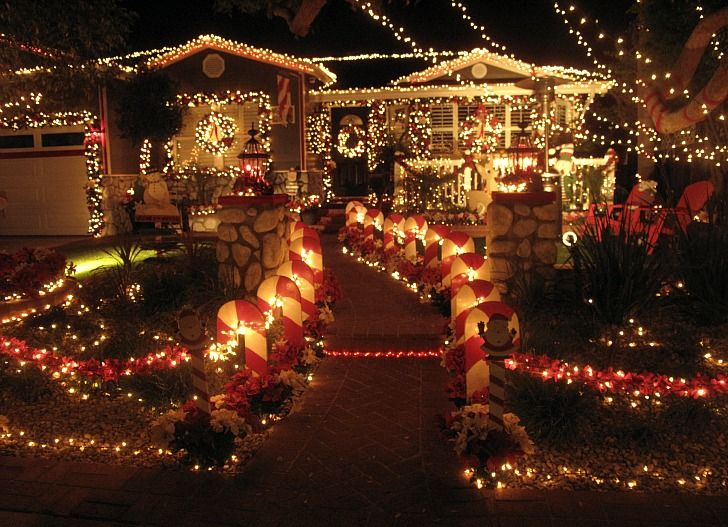 Pictures Of Homes Decorated For Christmas best 10+ best christmas lights ideas on pinterest | christmas net