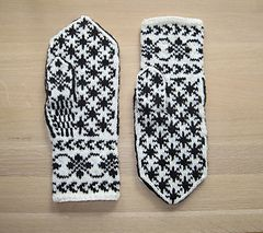 Rigmors Selbu mittens, 5th pair