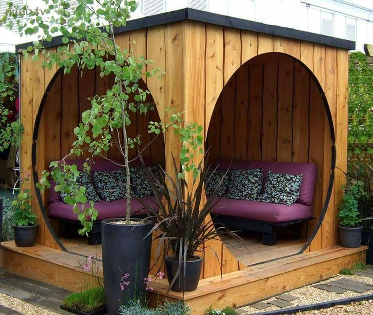 Captivating 25+ Best Backyard Seating Ideas On Pinterest | Diy Garden Benches,  Courtyard Ideas And Backyard Patio