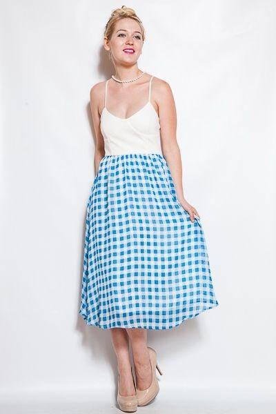 *** New Style ***elastic waist dress w/ lining. 62% Viscose, 5% Spandex, 33% Nylon, Made in USA