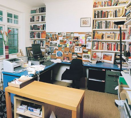 Gillian Slovo's room, from The Guardian's Writers' rooms series http://www.guardian.co.uk/books/2008/nov/15/writersrooms#