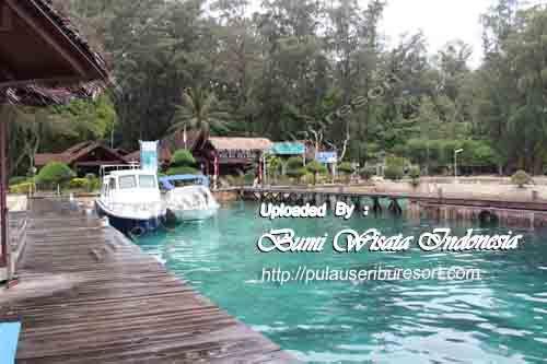 Pulau Seribu - Dermaga Pulau Pelangi   Pier Pelangi Island