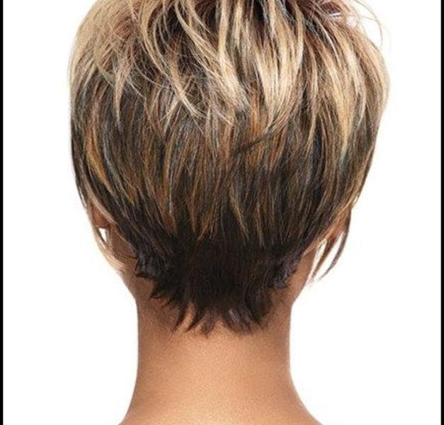 Kurze Bob Frisuren Mit Kurzem Nacken Haarschnitte Und Frisuren Trends 2018 Part 3 Haarschnitt Haarschnitt Kurz Haarschnitt Kurze Haare