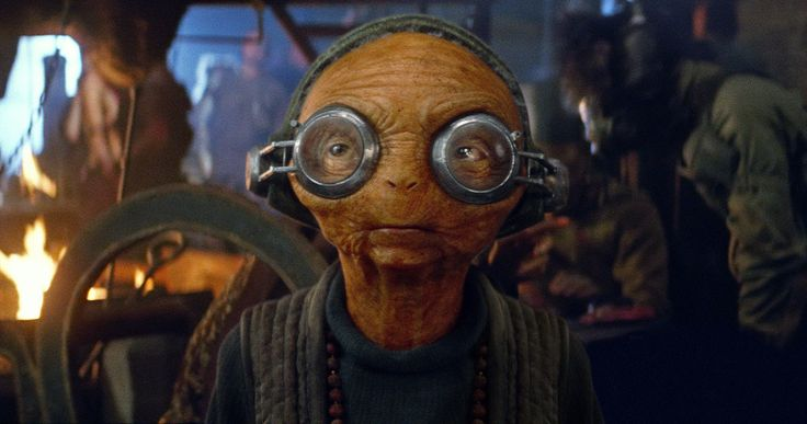 'Star Wars: The Force Awakens' Blu-ray Preview: The Magic Behind Maz Kanata -- Lupita Nyong'o helps celebrate Maz Monday by debuting a new preview of her Maz Kanata character from the 'Star Wars: The Force Awakens' Blu-ray. -- http://movieweb.com/star-wars-force-awakens-blu-ray-preview-maz-kanata/