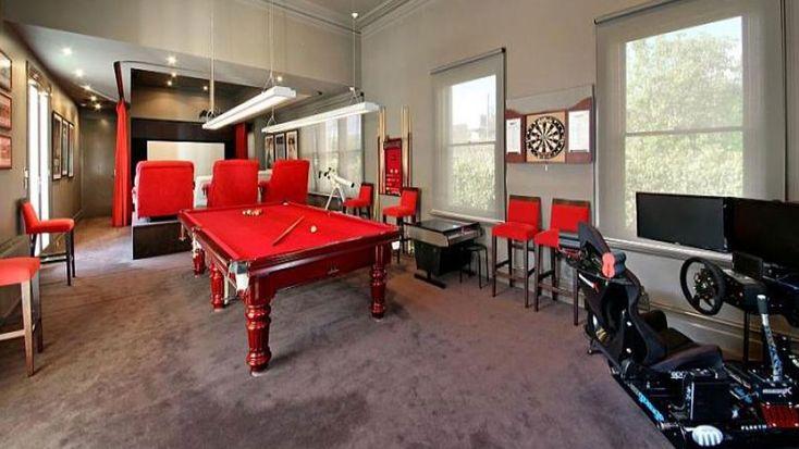 Shane Warne sells his Brighton mansion (again) for $20 million