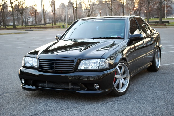 """Nice w202 with 18"""" wheels, Painted Grille and Projector Headlights"""