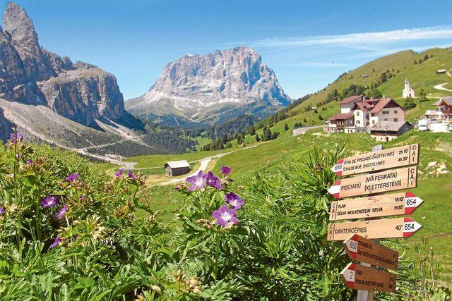 Beeindruckende Bergwelten kann man in Südtirol gleich in mehrfacher Hinsicht genießen: in der freien Natur und in einem von sechs Messner Mountain Museen der Bergsteigerlegende in Buneck.