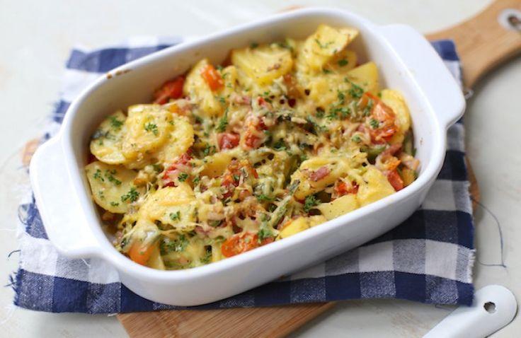 Aardappel ovenschotel met prei en spekjes