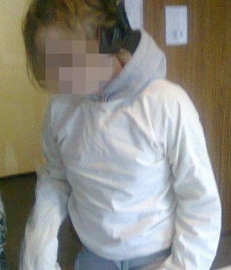 Meisje in dwangbuis omdat er geen plaats is in jeugdinstelling... - Het Nieuwsblad