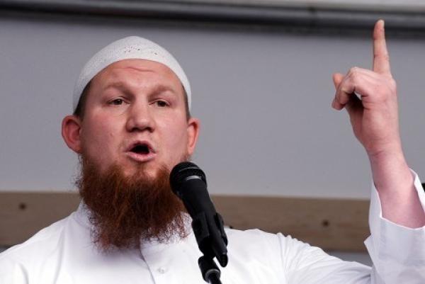 [VIDEO] Islam Dituduh Teroris? Bantah dengan Jawaban Ini!