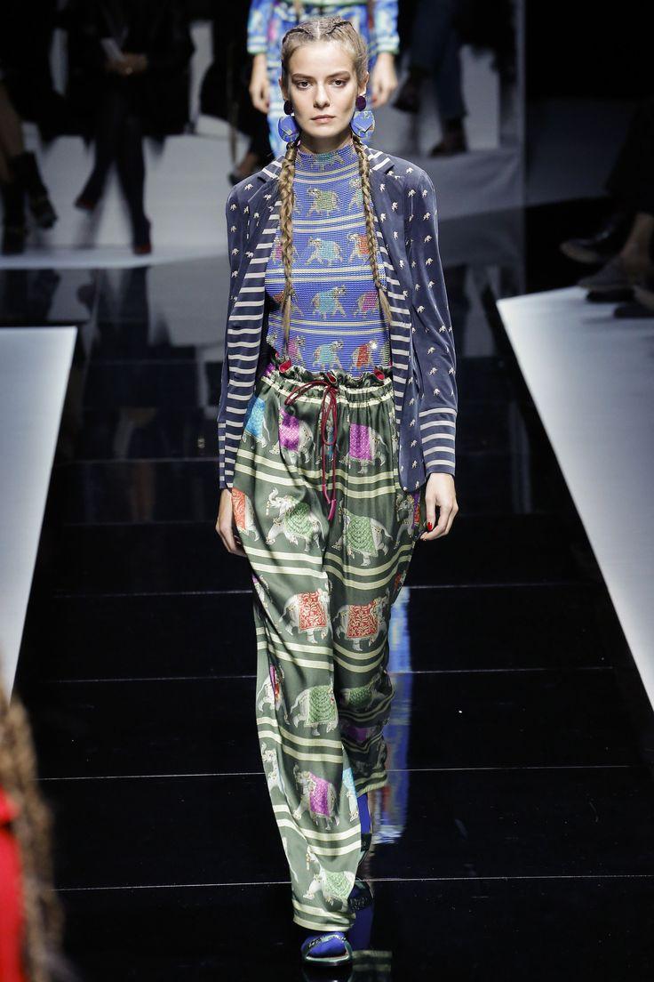 Emporio Armani Spring 2017 Ready-to-Wear Fashion Show ...