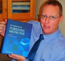 Dr Ryan Blumenthal