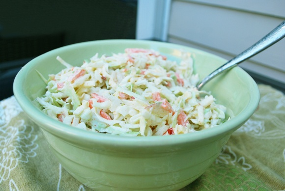 Coleslaw with Apple & Yogurt Dressing | Cool foods | Pinterest
