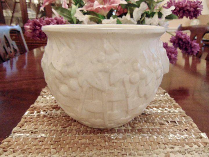 Large Flowers Pot Porch Jar Leaf Flower Matte Pink Vintage McCoy Jardiniere Planter