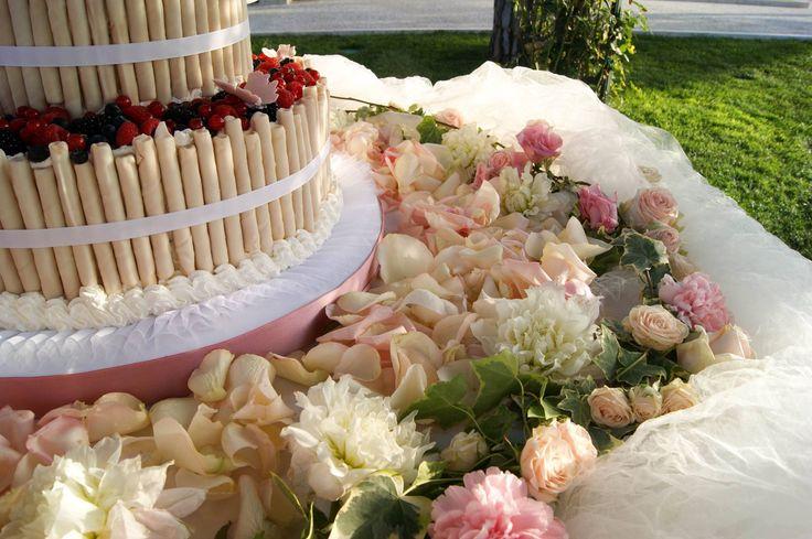 Dettagli di una torta nuziale....