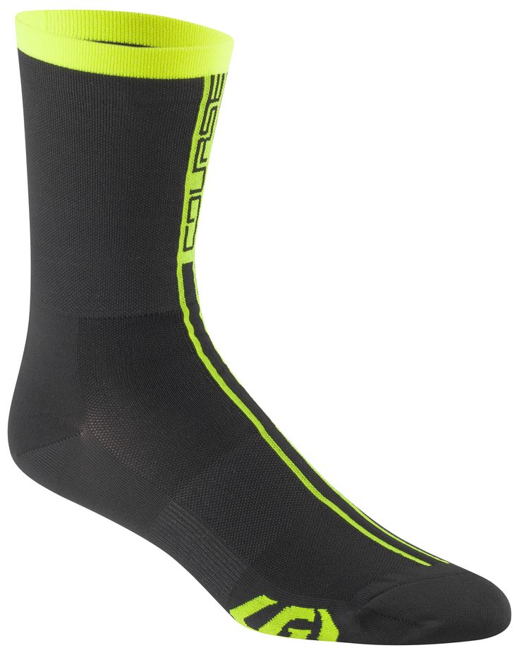 The Course Sock features an ultra thin foot for a super close fit made to maximize power transmission between the foot and the pedal.  Coolmax® fiber and Meryl® Skinlife yarn are blended to create the perfect moisture-wicking cycling sock to keep your feet dry and cool. A seamless euro x-long cuff is designed to increase comfort and blood flow by eliminating pressure points caused by regular cuff designs.