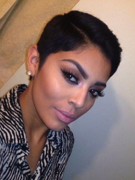 Short Pompadour Hairstyle Black Woman Haute Haute