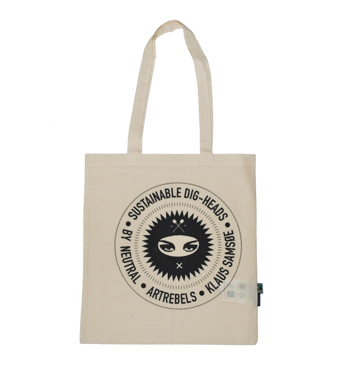 Great little tote from ArtRebels Sustainable Dig-heads by ArtRebels, Neutral and Klaus Samsøe.  You can buy this piece at www.artrebels.com #artrebels #art