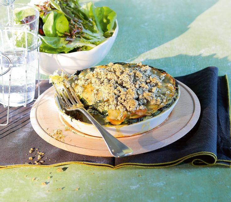 Spinat ist eines der ersten Gemüse, das man im Frühling aus dem heimischen Garten ernten kann. Und gut gebacken ist halb gegessen.