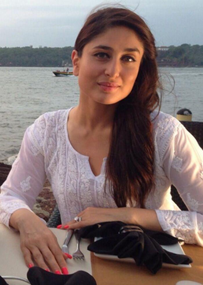 Kareena Kapoor while shooting for 'Singham Returns'