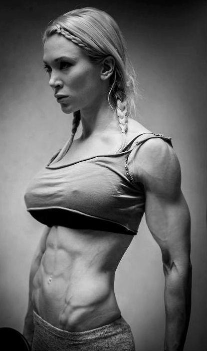 Female muscle — lifeistoughyaknow:  Cornelia Ritzke