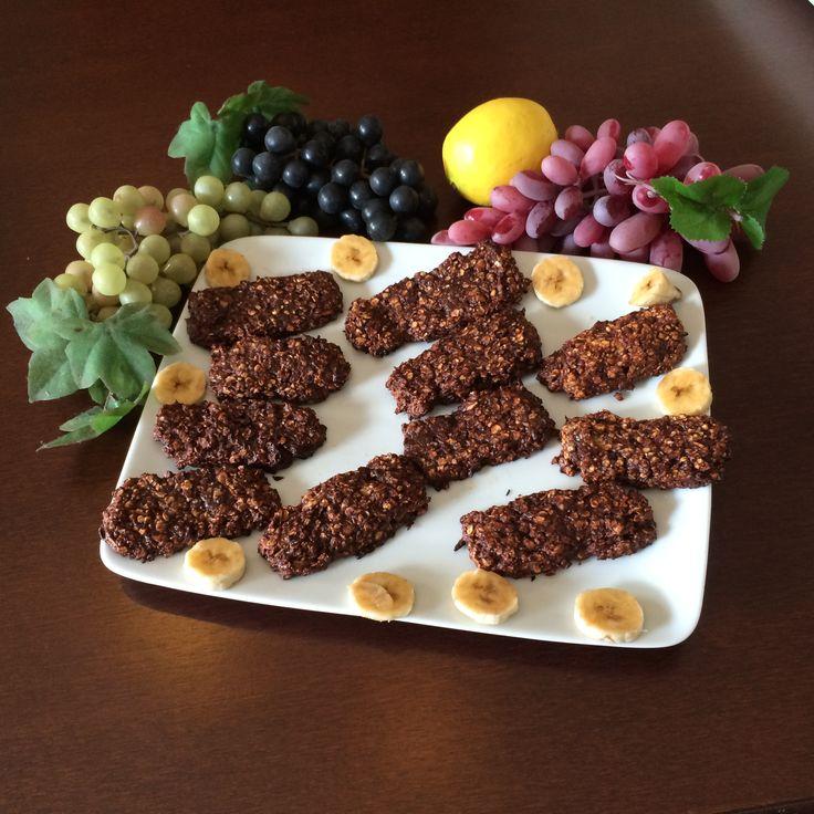 A scuola, in ufficio, in viaggio. Sono perfette per ogni occasione.Ovviamente nessun senso di colpa: ogni snack contiene solo 117 calorie. - See more at: http://blog.giallozafferano.it/salvialinea/barrette-di-cioccolato/#sthash.vUEc3nFW.dpuf