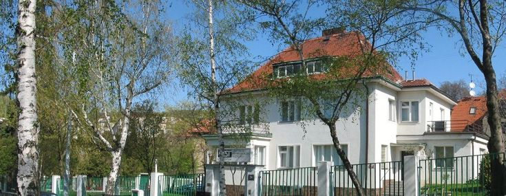 If you are looking for an affordable, trouble-free and enjoyable stay in Prague, then contact Praga Medica. We offer better and much cheaper accommodation options. To know about it, visit us.