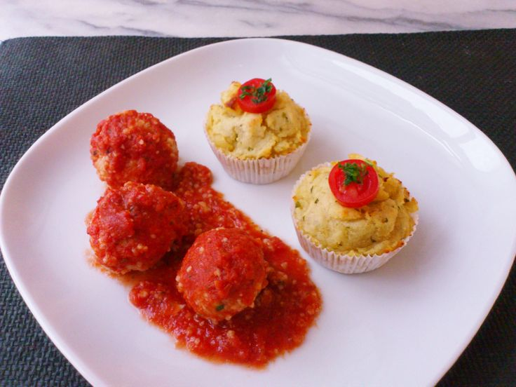 Homemade vegetable couscous balls tomato sauce & mashed potato macaroni cupcake! #vegan #organic #glutenfree #healthyeating #nutrition #food