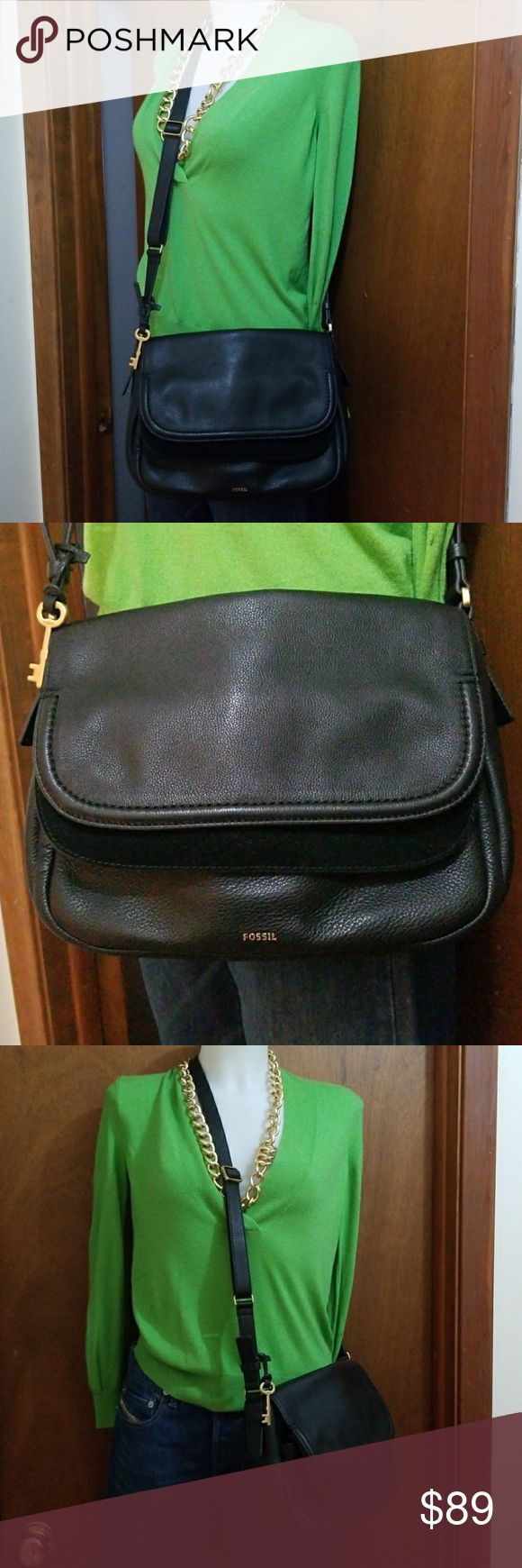 Fossil Peyton double flap large crossbody purse Measurements: Bottom Width: 11 in Depth: 3 in Height: 8 in Strap Length: 50 in Strap Drop: 23 1⁄4 in  Awesome glove soft pebbled full grain leather Peyton double flap large crossbody messenger bag black.  No obvious flaws or wear, great purse! Fossil Bags Crossbody Bags