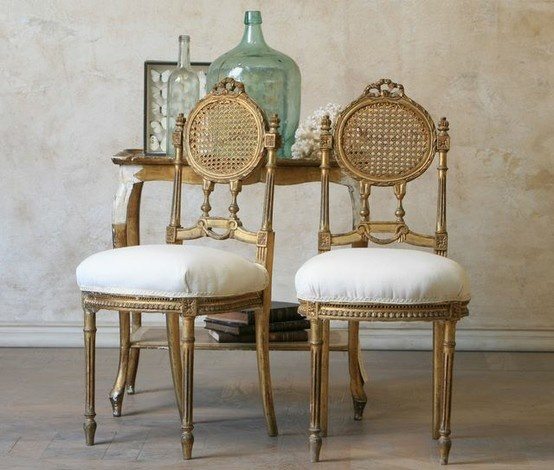 our fifth house: Gold Chairs And Two Screws