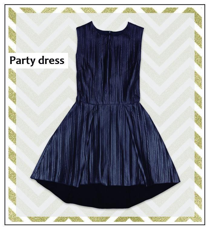 Se acerca la época de fiestas, cenas y eventos navideños. Este vestido de piel ecológica es una elección original y muy chic. ¡Hazte con él!