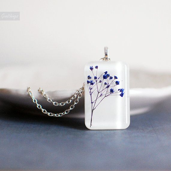 flower necklace pressed flower botanical resin by EightAcorns
