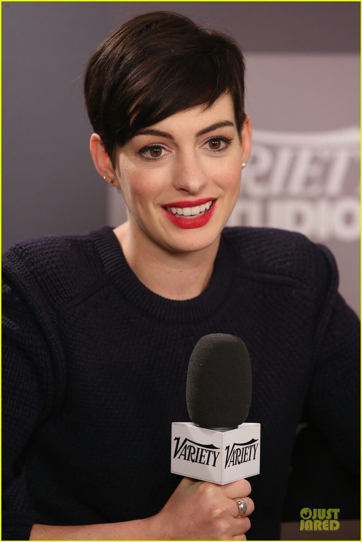 17 Best Anne Hathaway Pixie Styles Images On Pinterest