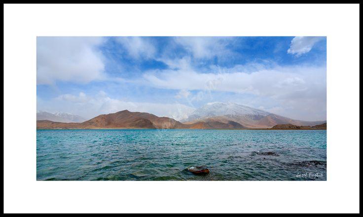 Fotoobraz - Jezero Karakul a hora Mustagh Ata, u města Kašgar, Sin-ťiang, západní Čína. Foto: Josef Fojtík - www.fotoobrazarna.cz - https://www.facebook.com/Fotoobrazarna.cz