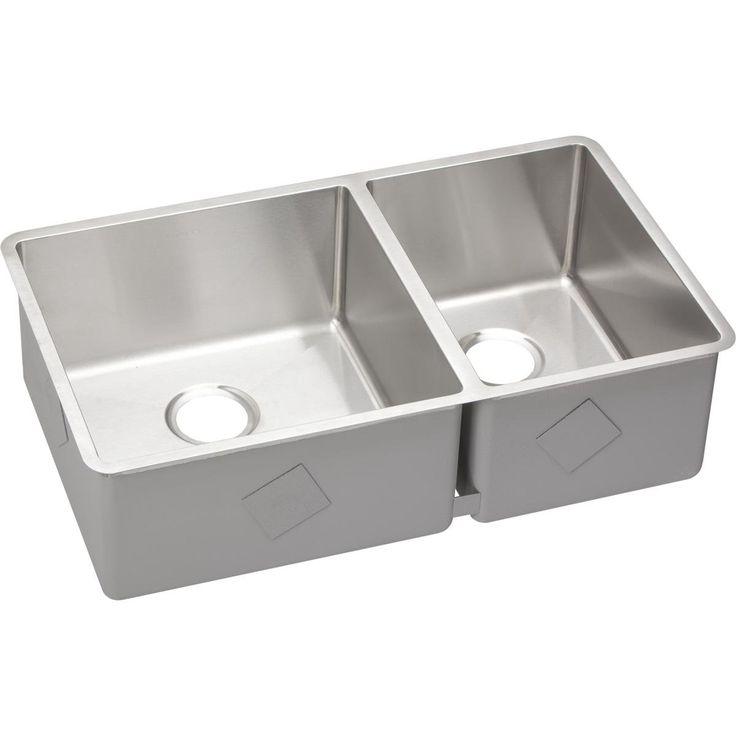 "Crosstown 31.5"" x 18.5"" Undermount Kitchen Sink"
