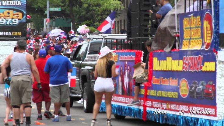 Dominican Republic Day Parade NYC 2013 (+playlist)