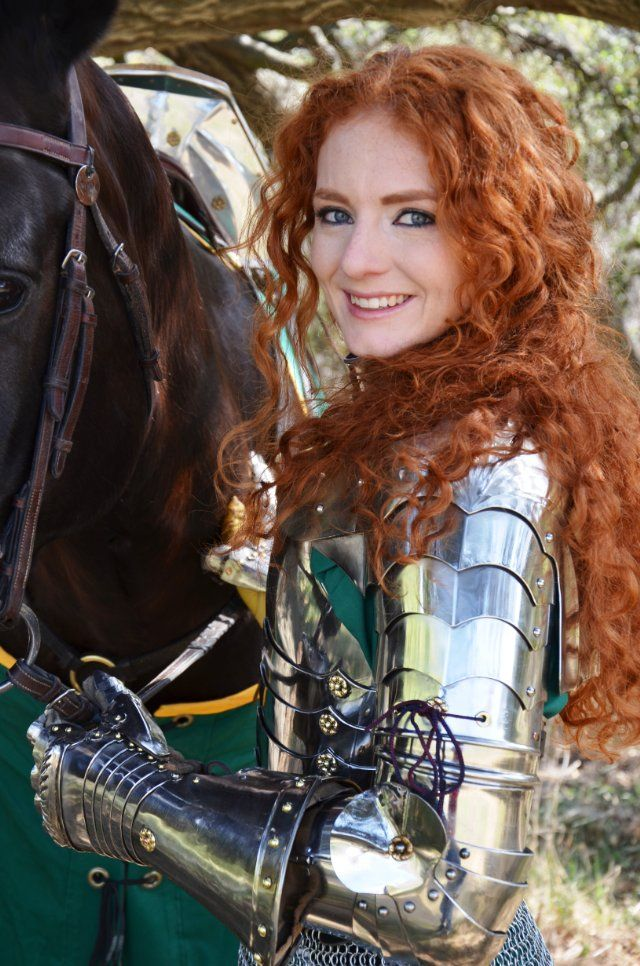 Virginia Hankins - professional female knight, stunt rider, woman warrior, stunt horse trainer, and woman jouster. Love her hair color!!